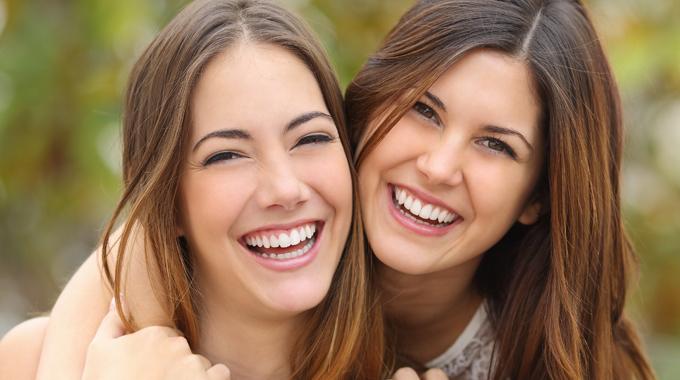 Internes Bleaching: Zahnaufhellung Von Innen